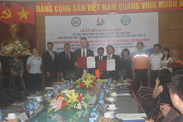 Viet Nam and the United States Signed an Agreement to Strengthen Fisheries Law Enforcement